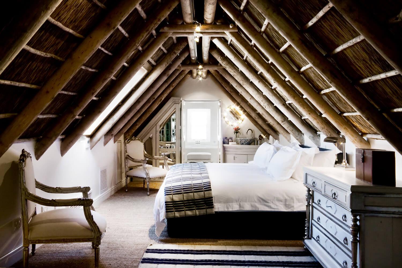Luxury Loft Room
