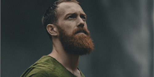 Photo of man with beard
