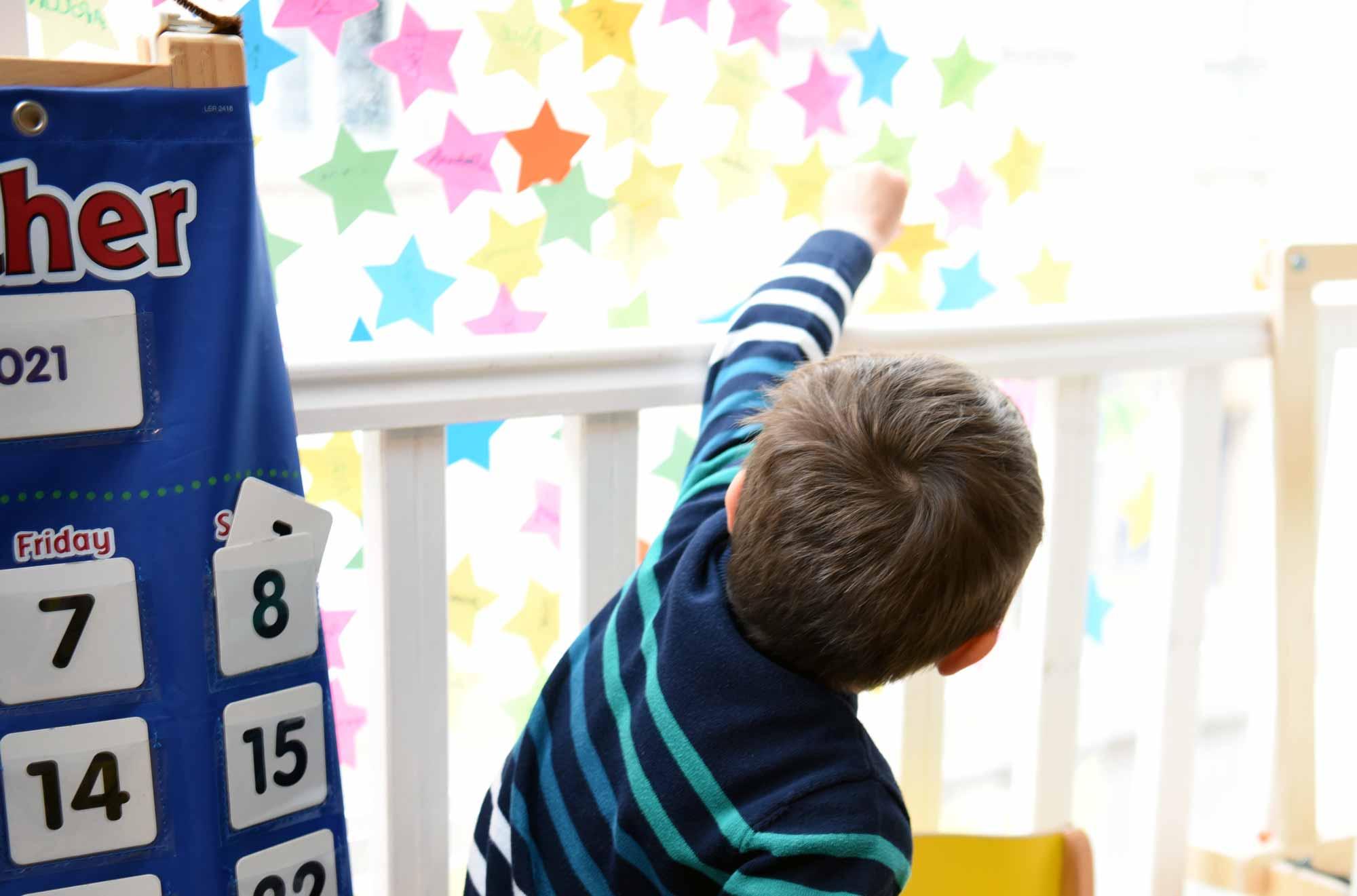 Ecole koenig child growing to stars