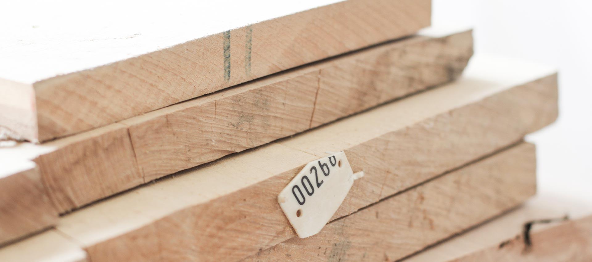 Holz wird knapp – Tische werden emotional