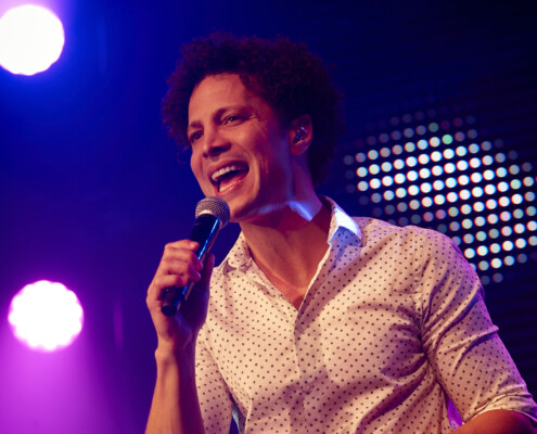 Singer Justin Guarini