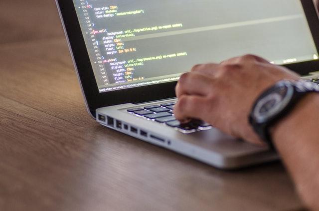 o que é SEO e como fazer SEO - webpeak
