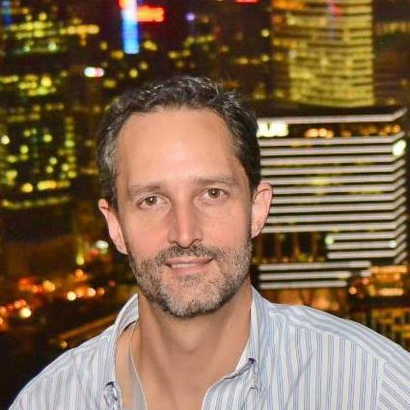 Adrian Vanzyl