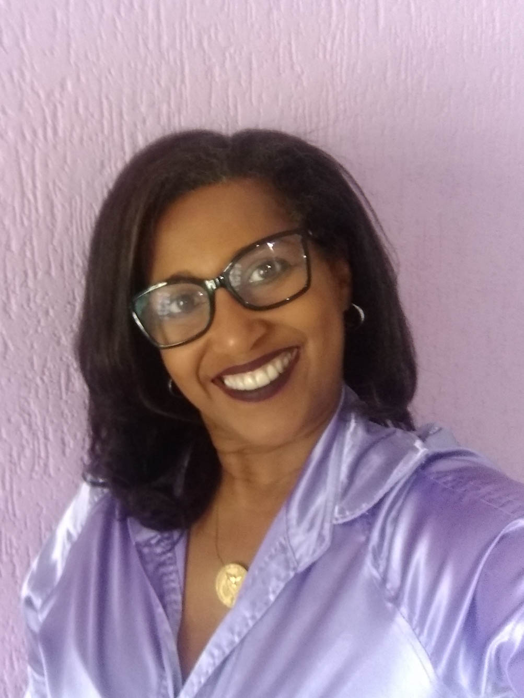 Débora Alessandra de Souza