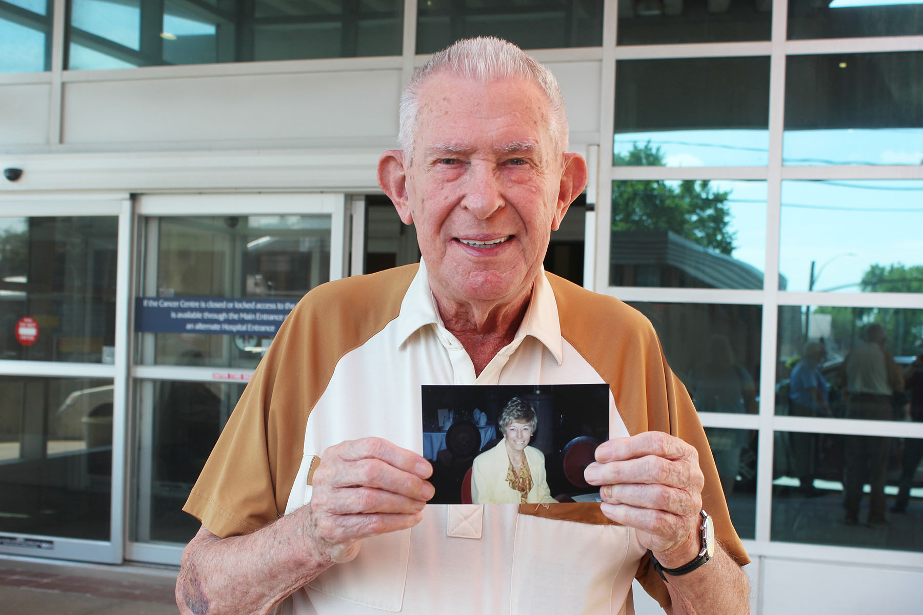 Bill Boxall holds a picture of Shirley Mae Turner