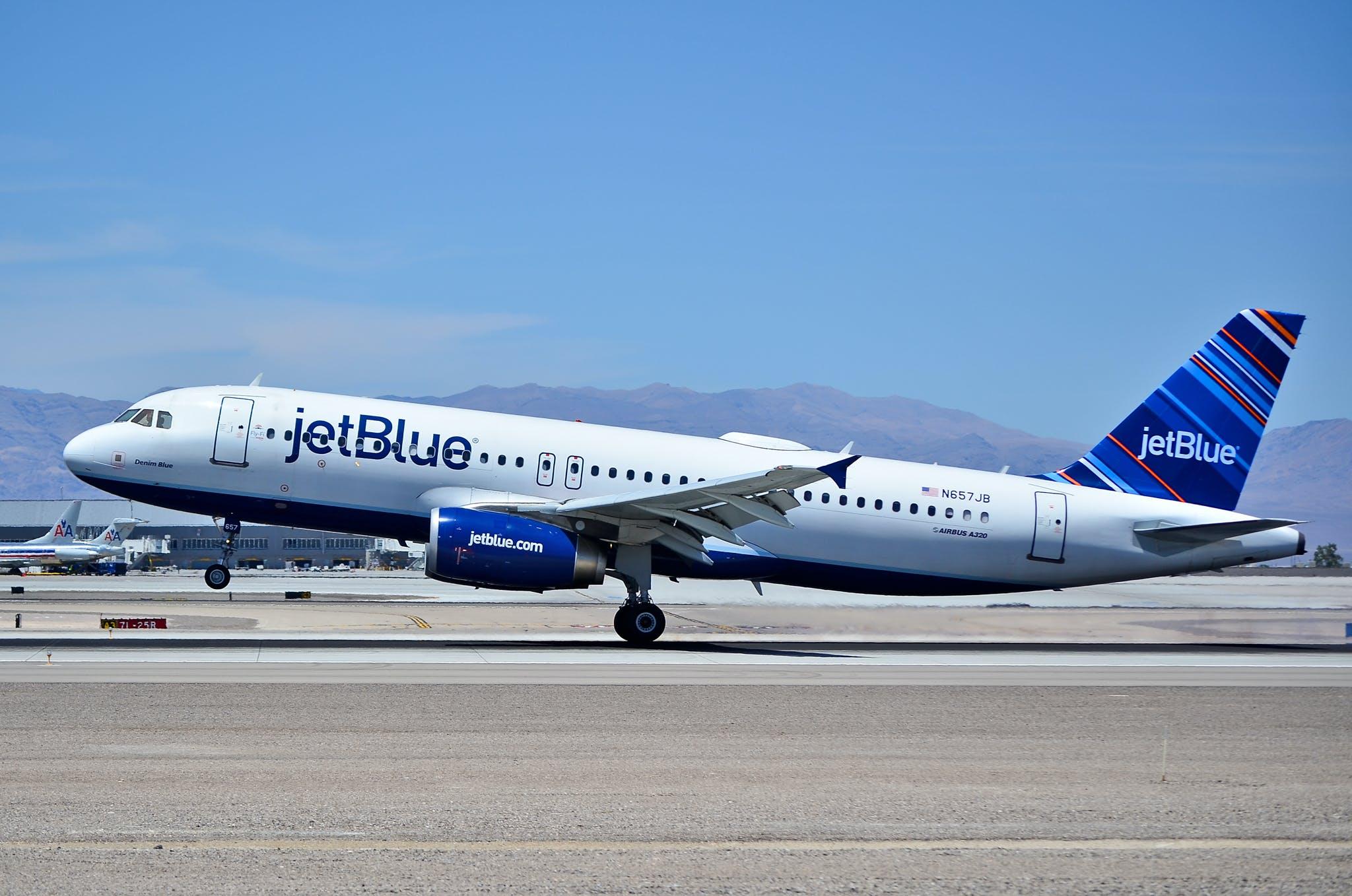 jetBlue airplane taking off