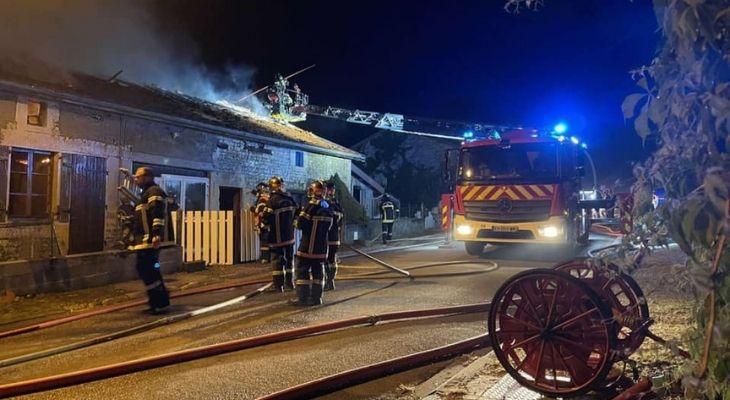 Intervention sur un feu de maison
