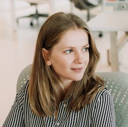 Zsofia Toth Payments Recruiter