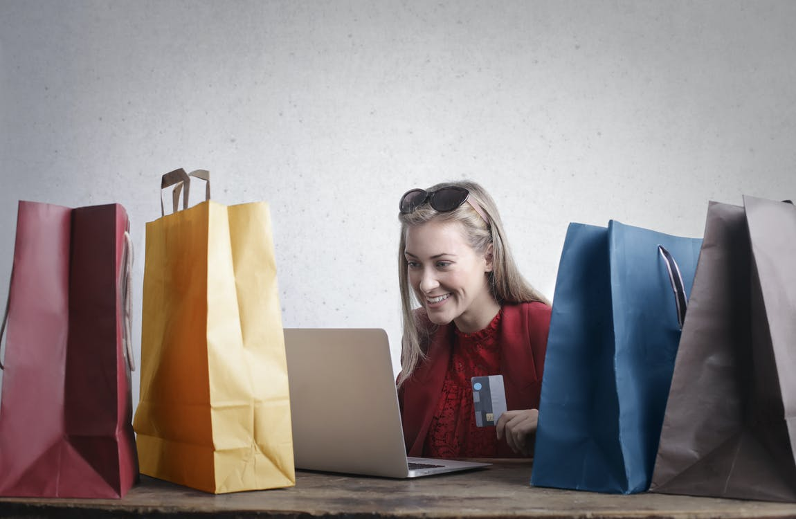 10 Essential Tips to Run a Successful E-Commerce Business