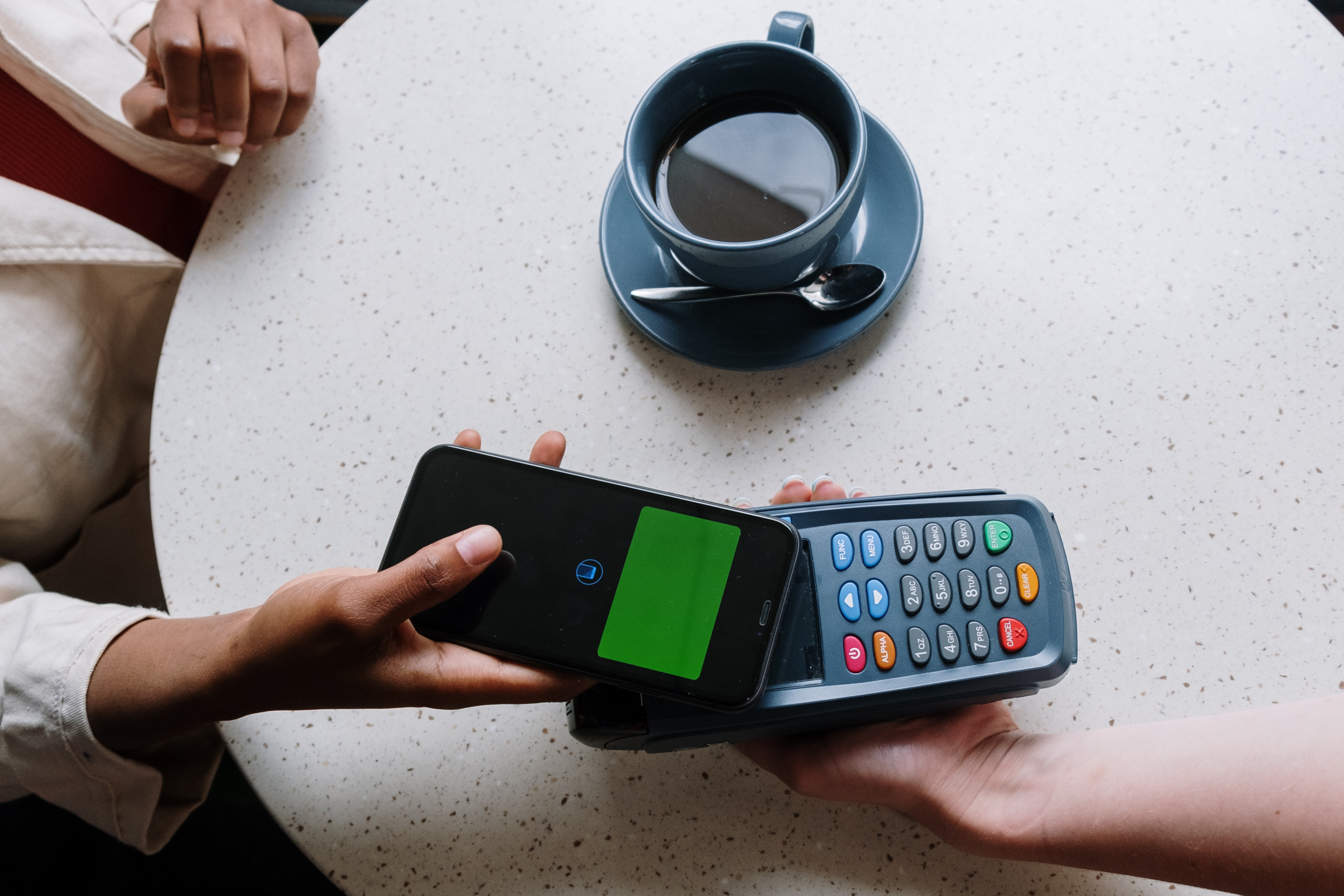 benefits of making payments with a virtual card