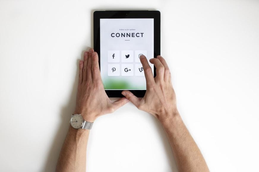 Alt text: Connecting with your niche market