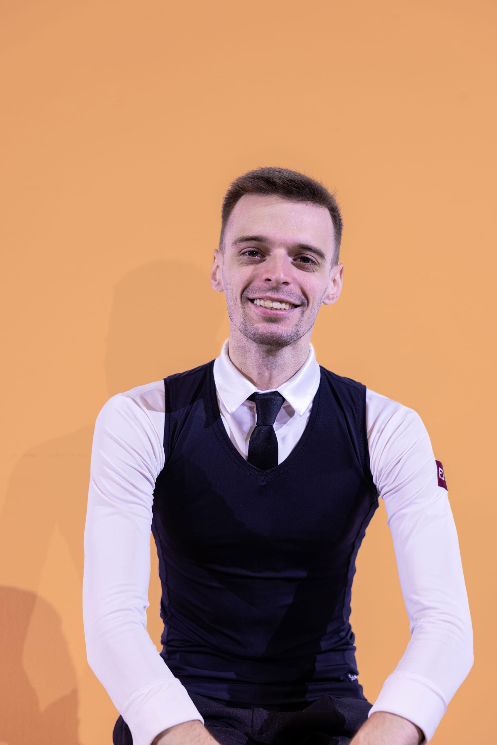 dance instructor profile picture Vladyslav Kudin