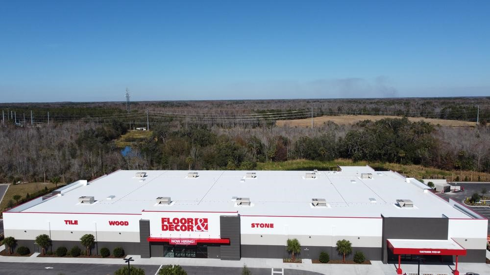 Commercial Roofing Estimator • Tampa, FL