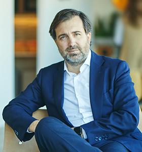 Arturo García Tizón