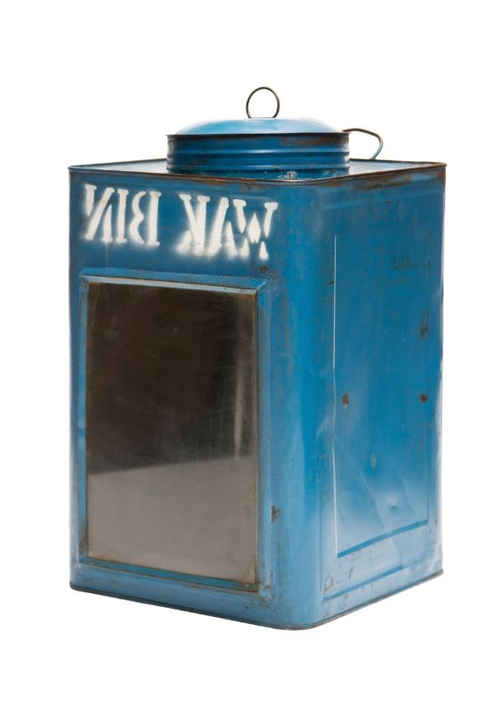 Lantern in blue metal