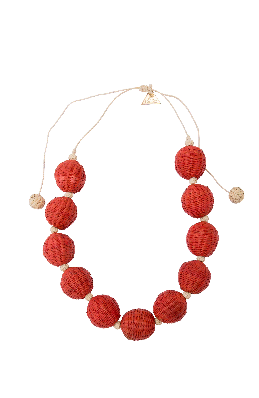 Short necklace combined balls of iraca-orange