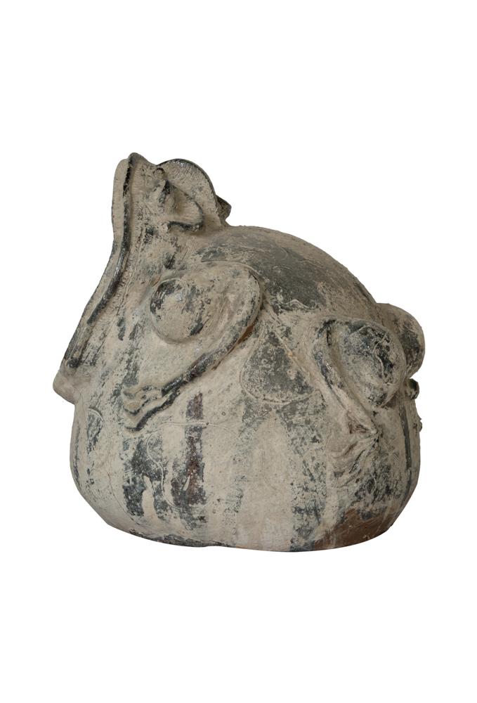 Decorative outdoor frog in clay-Grey