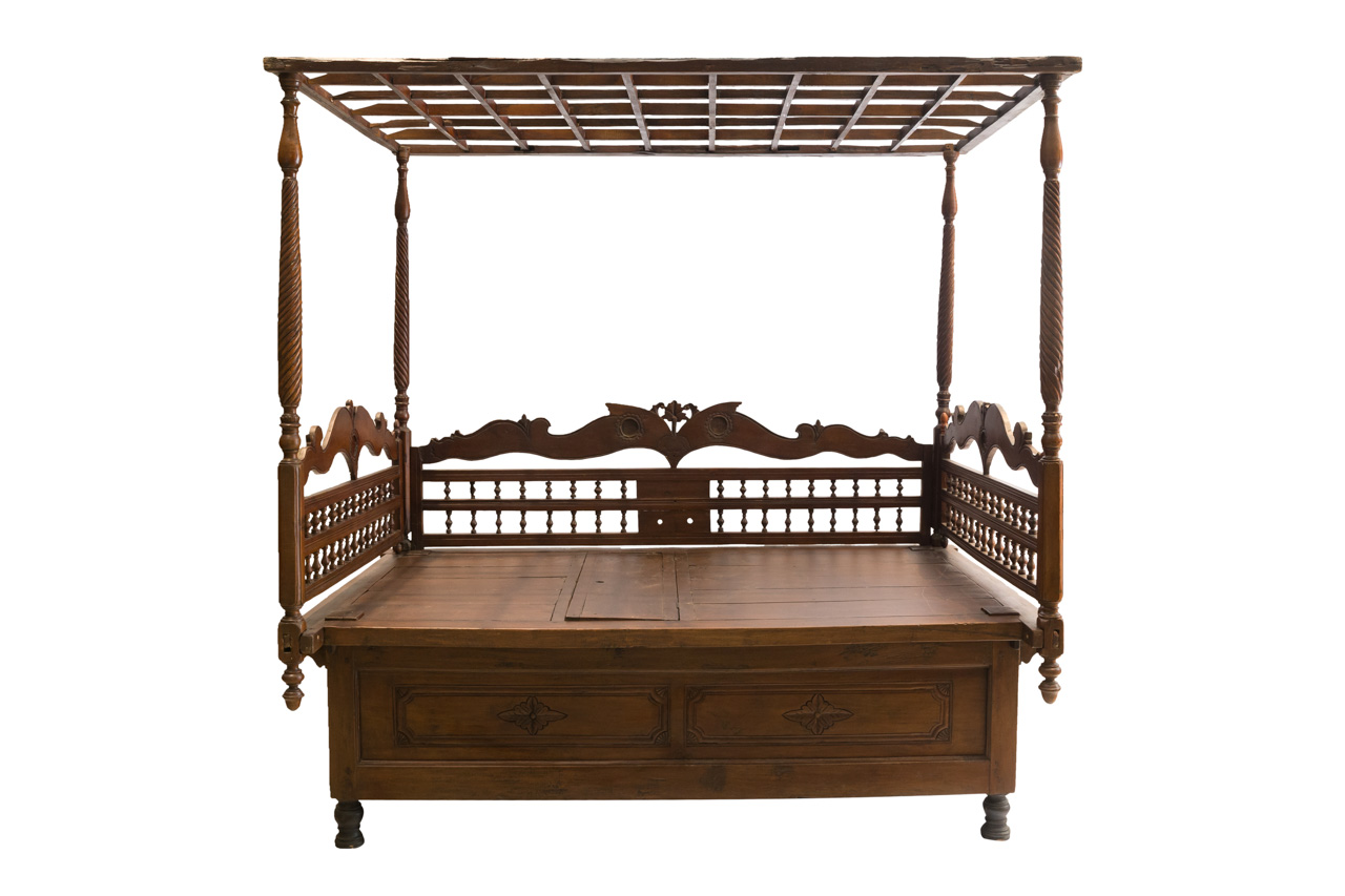 Balinese Canopy Bed