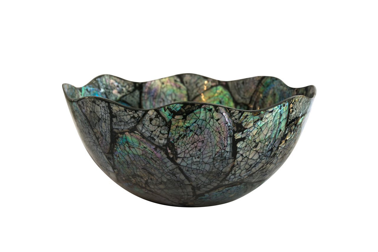 Mother-of-pearl bowl