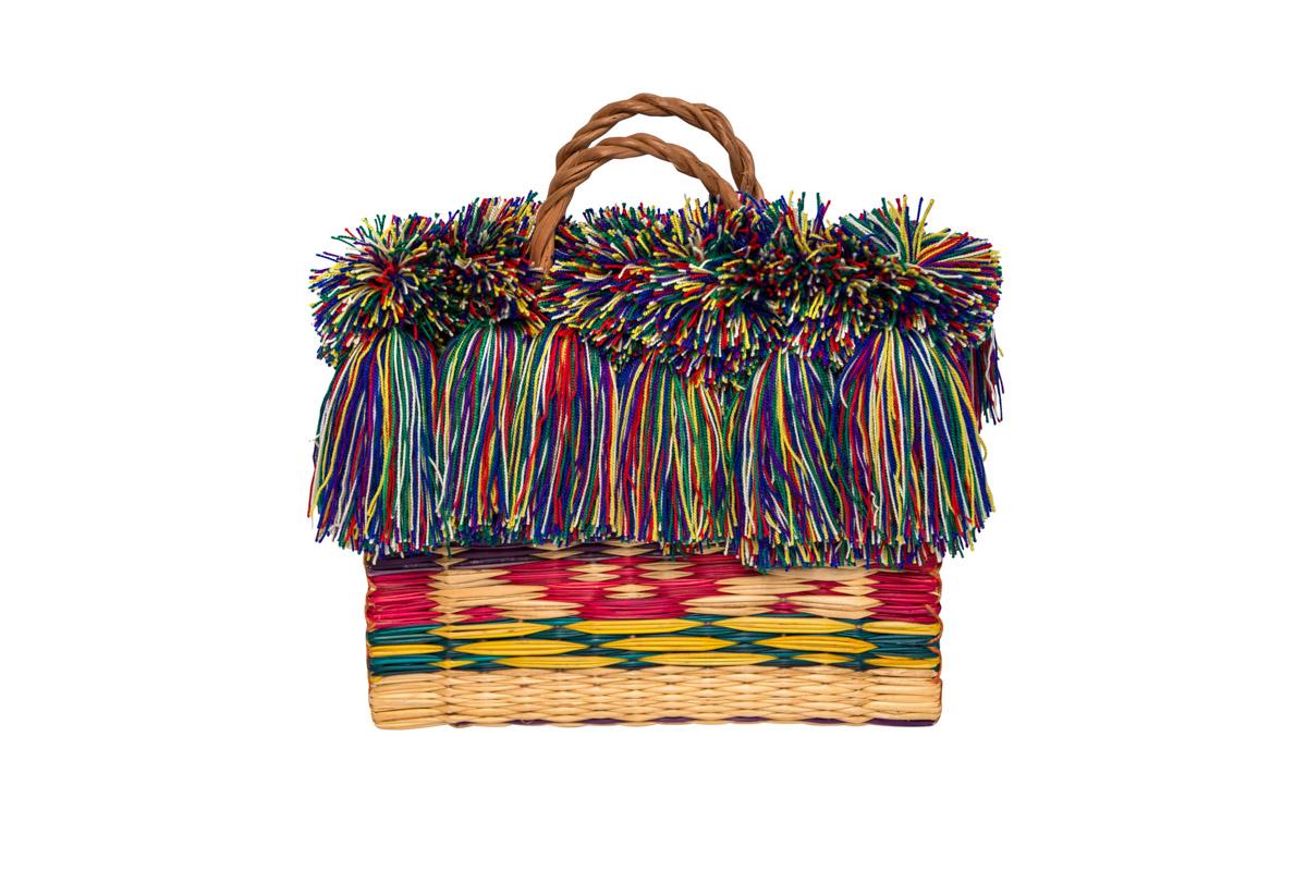 Fiber and multicolored fringes basket