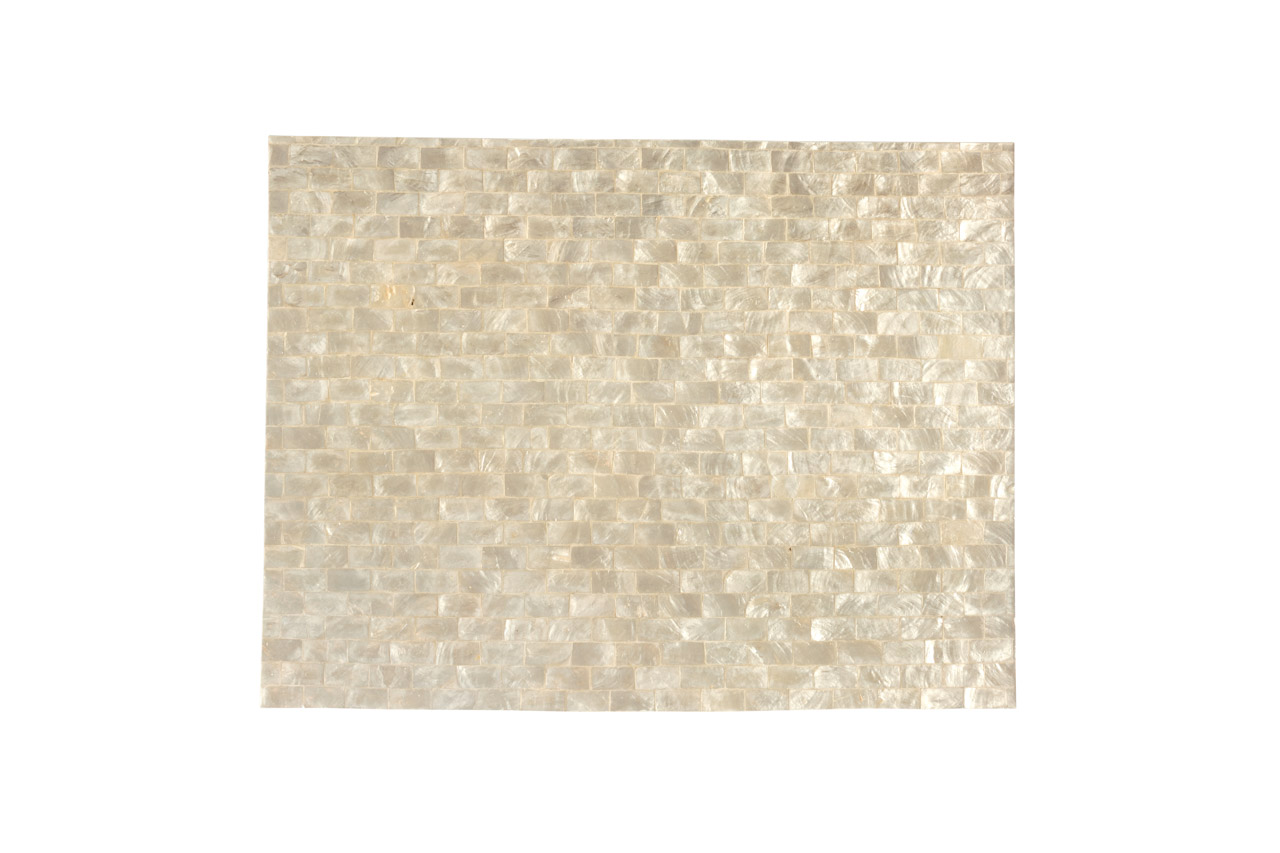 Square mother-of-pearl placemat light gray