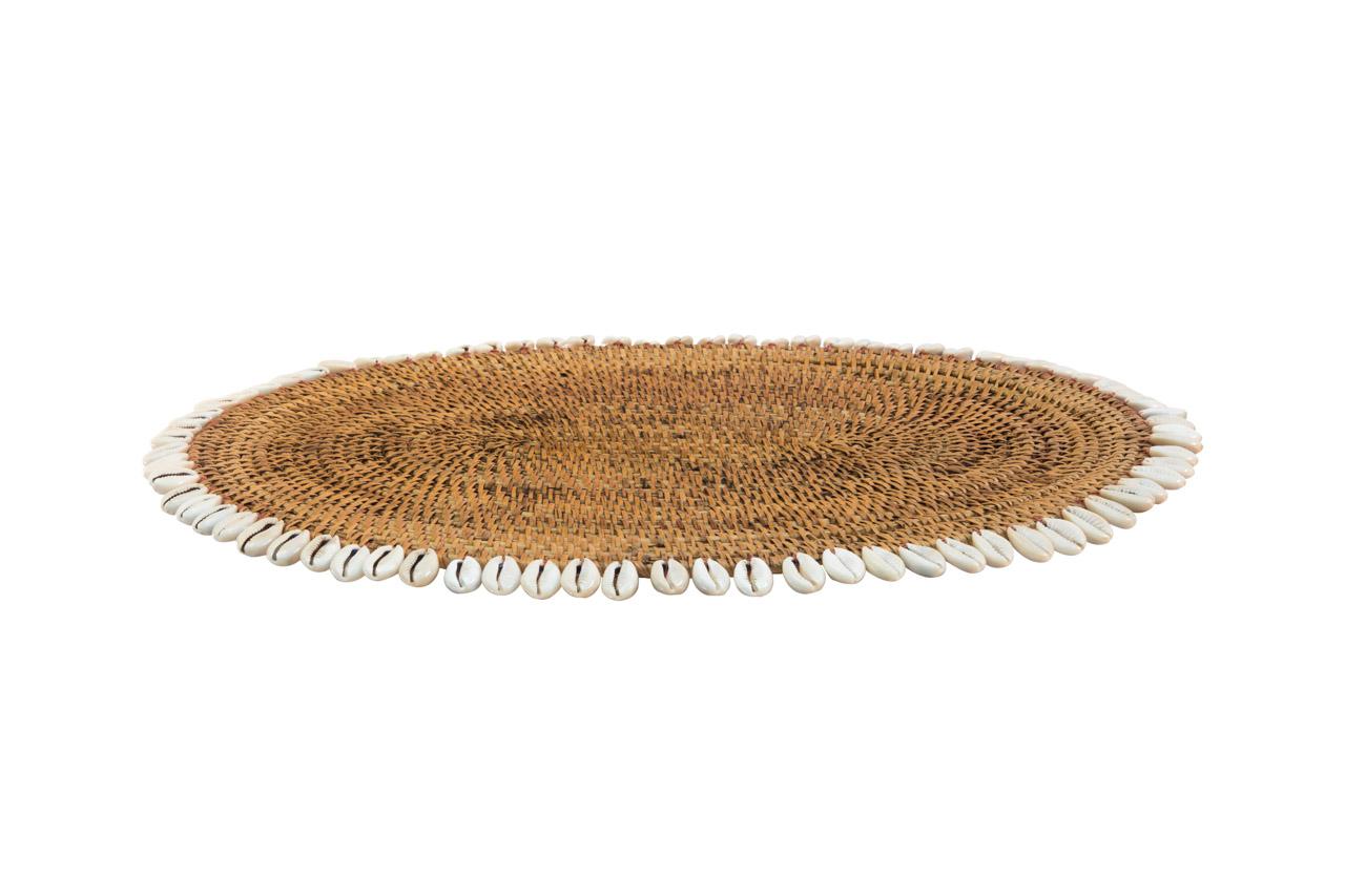 Individual ovalado en rattan con caracoles