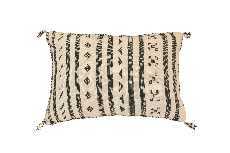 Sabra Moroccan cushion white-black