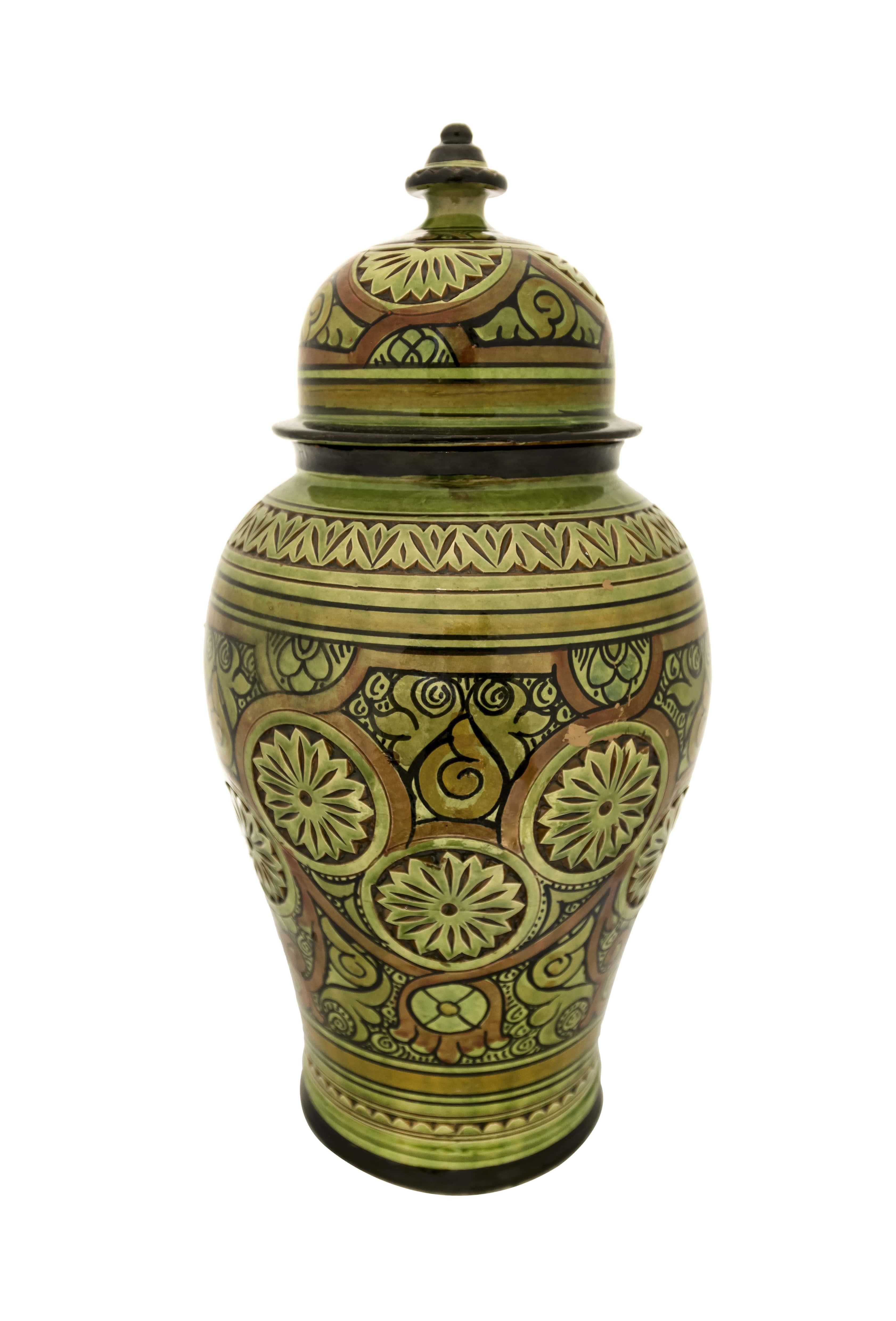 Tibor Marroquí en cerámica verde