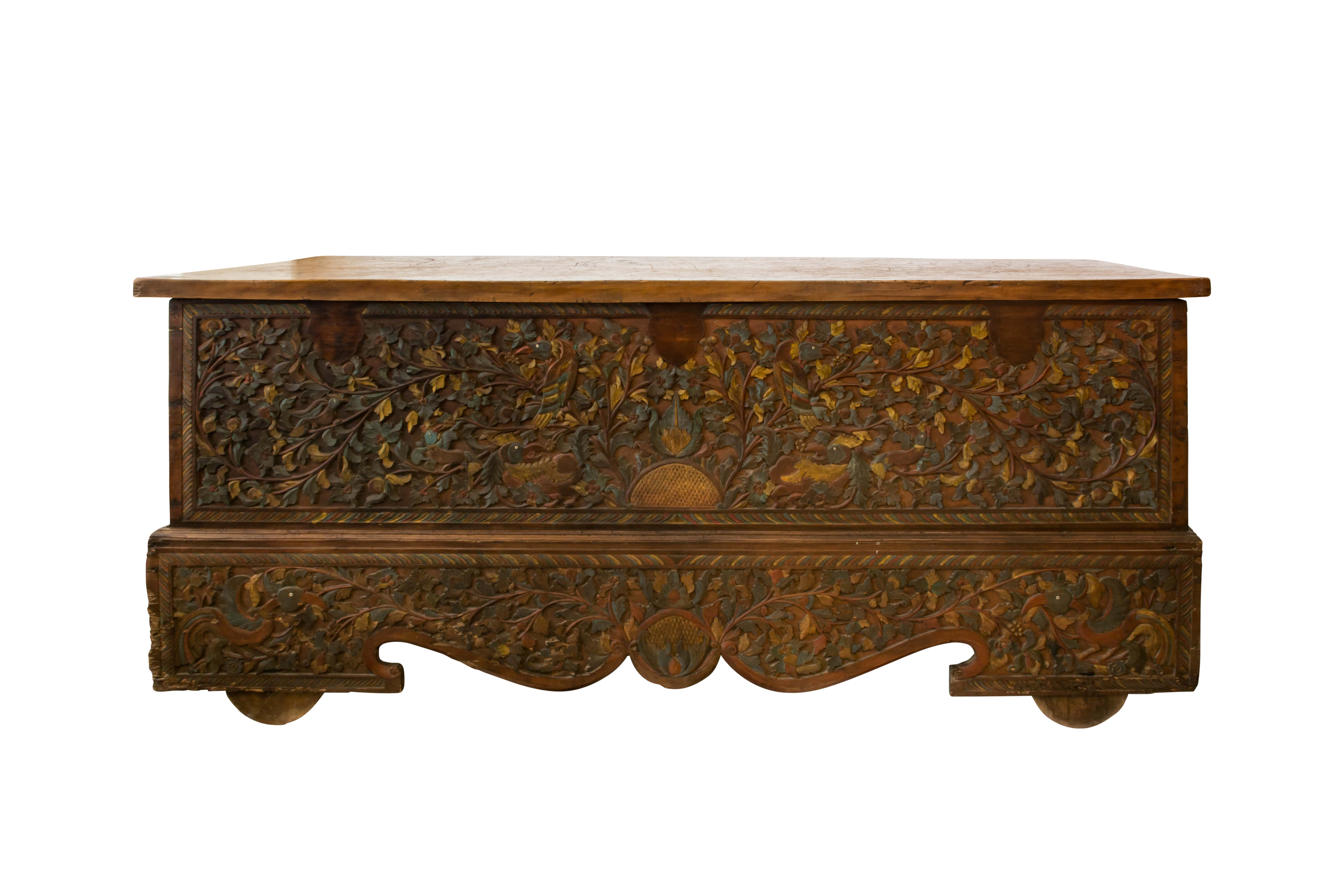 Wooden trunk with floral design