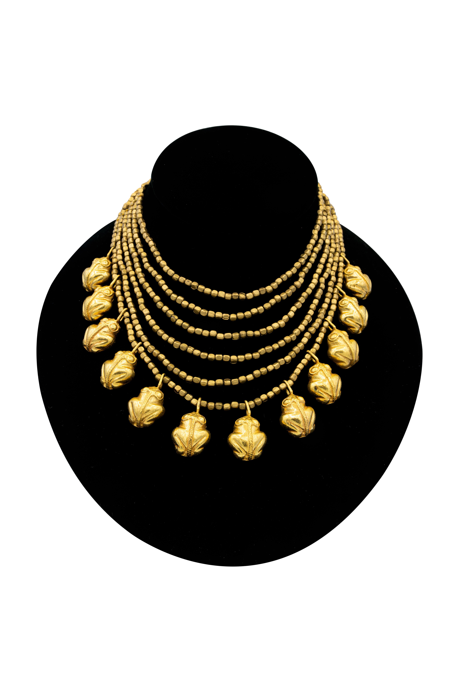 Collar precolombino Ranas