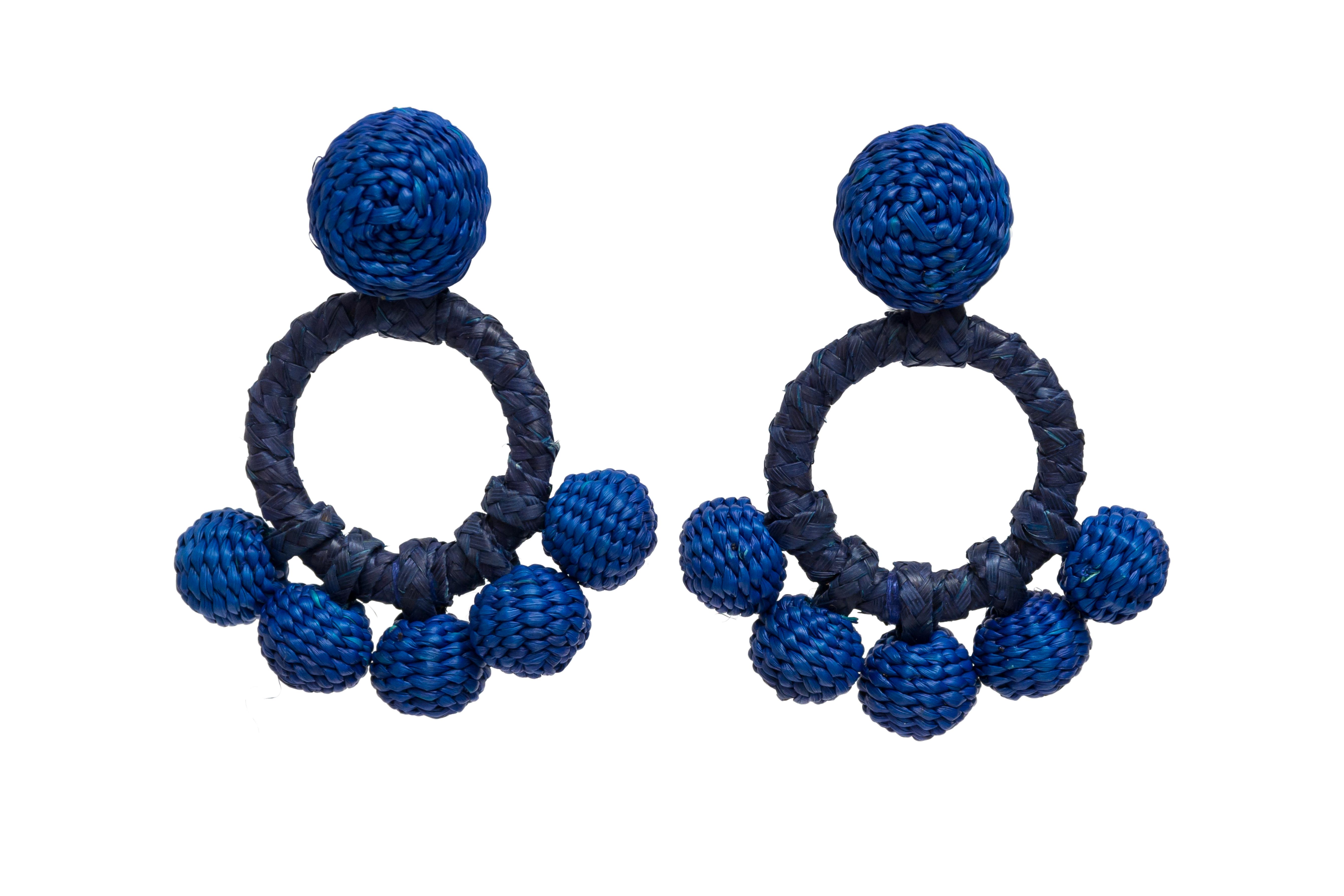 Iraca palm aro earrings blue