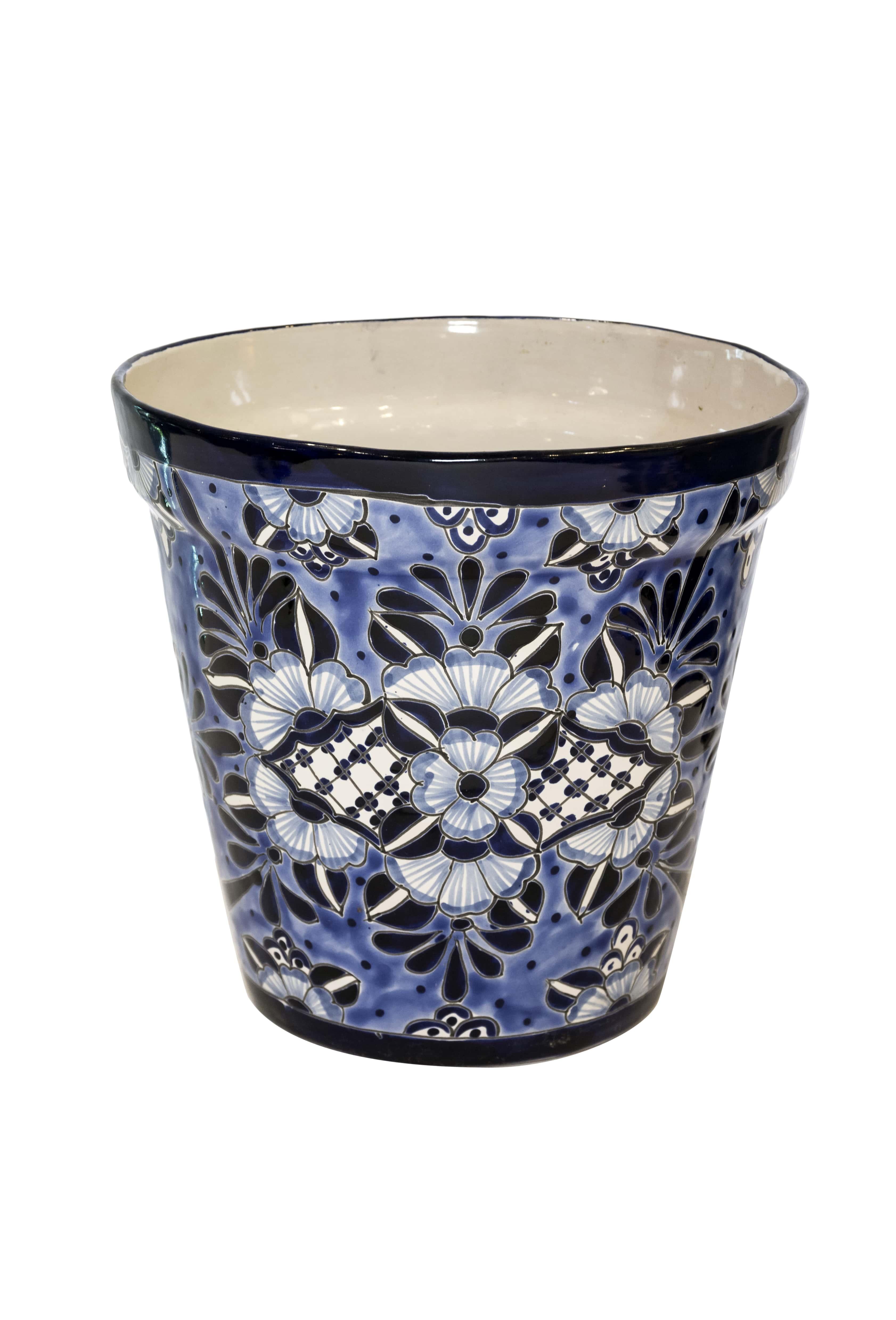 Pot in Mexican Talavera ceramics