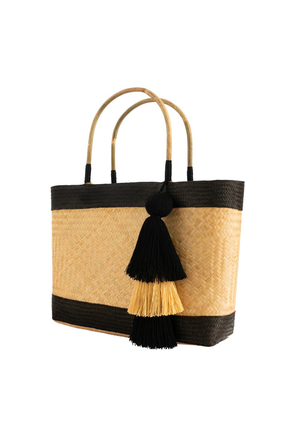 Canasto de fibra natural decorado con caña flecha-negro