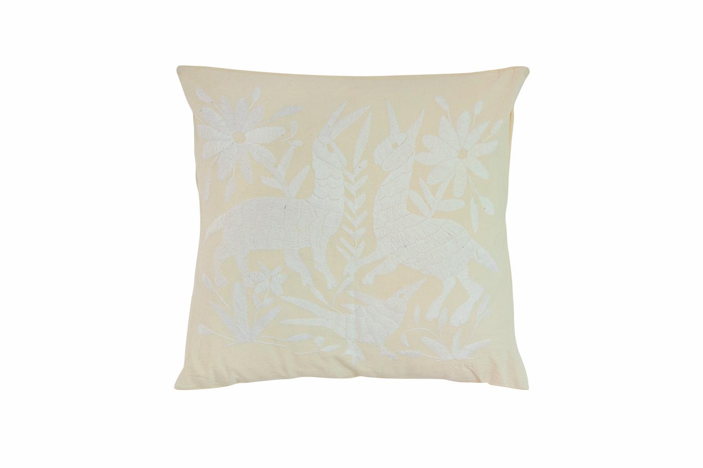 Otomi cushion deer-natural