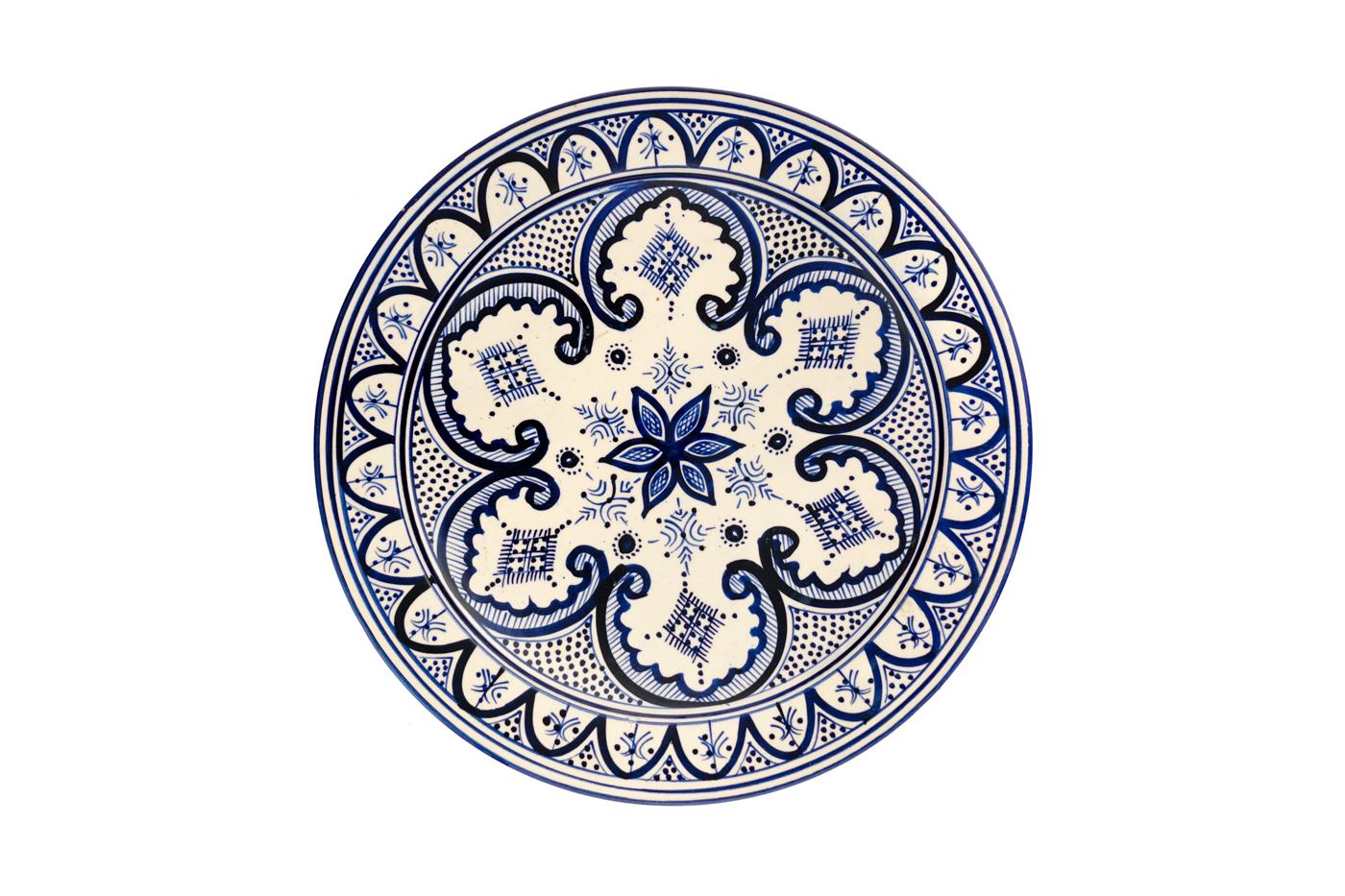 Plato Marroquí en cerámica pintado con diseños de arabescos florales- Blanco/azul