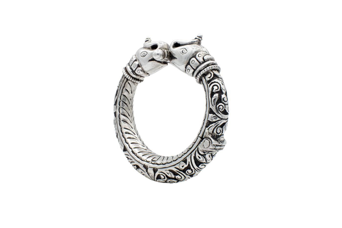 Brazalete en plata antigua India