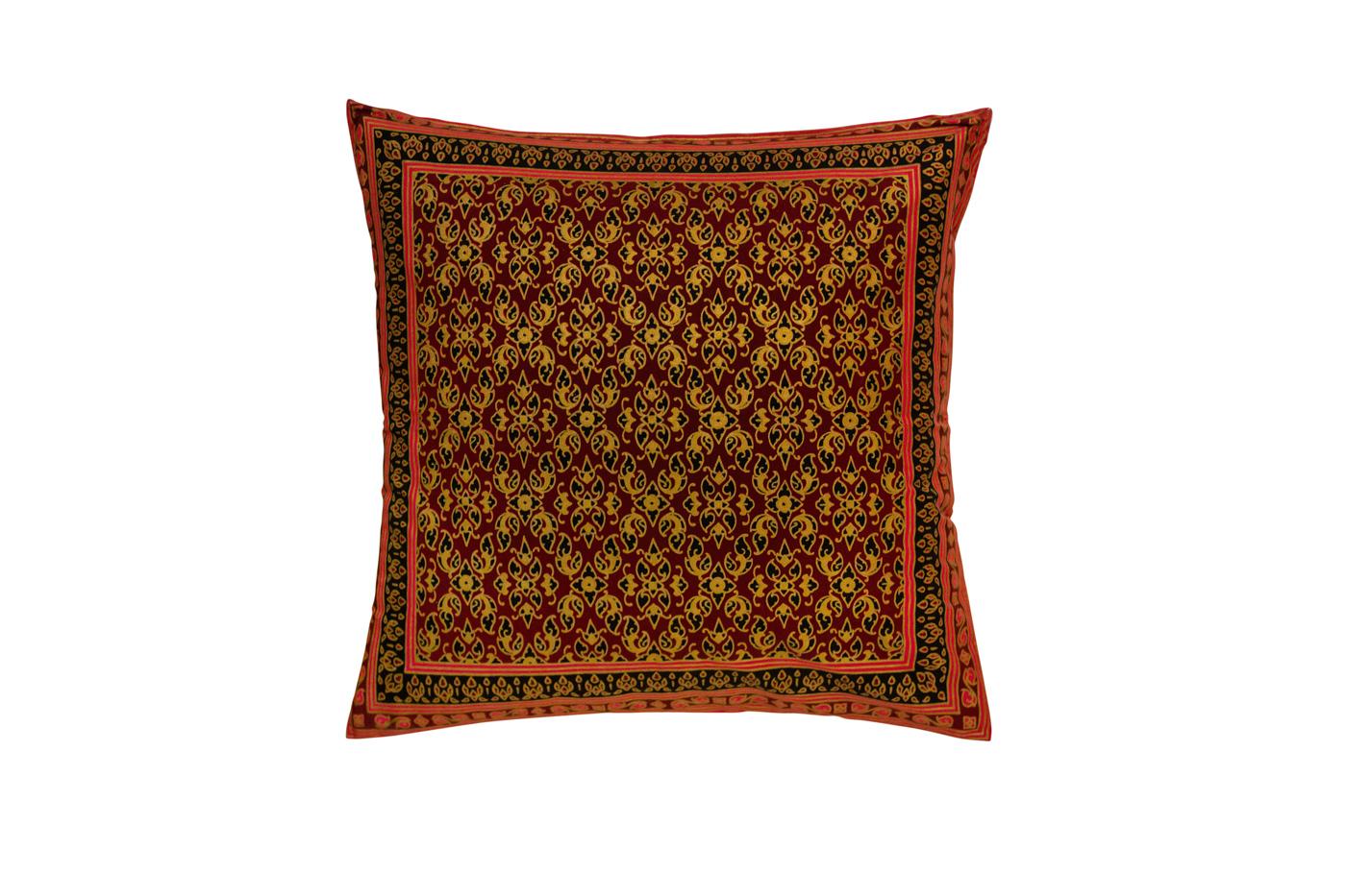 Cojín en seda con estampados florales-rojo/café
