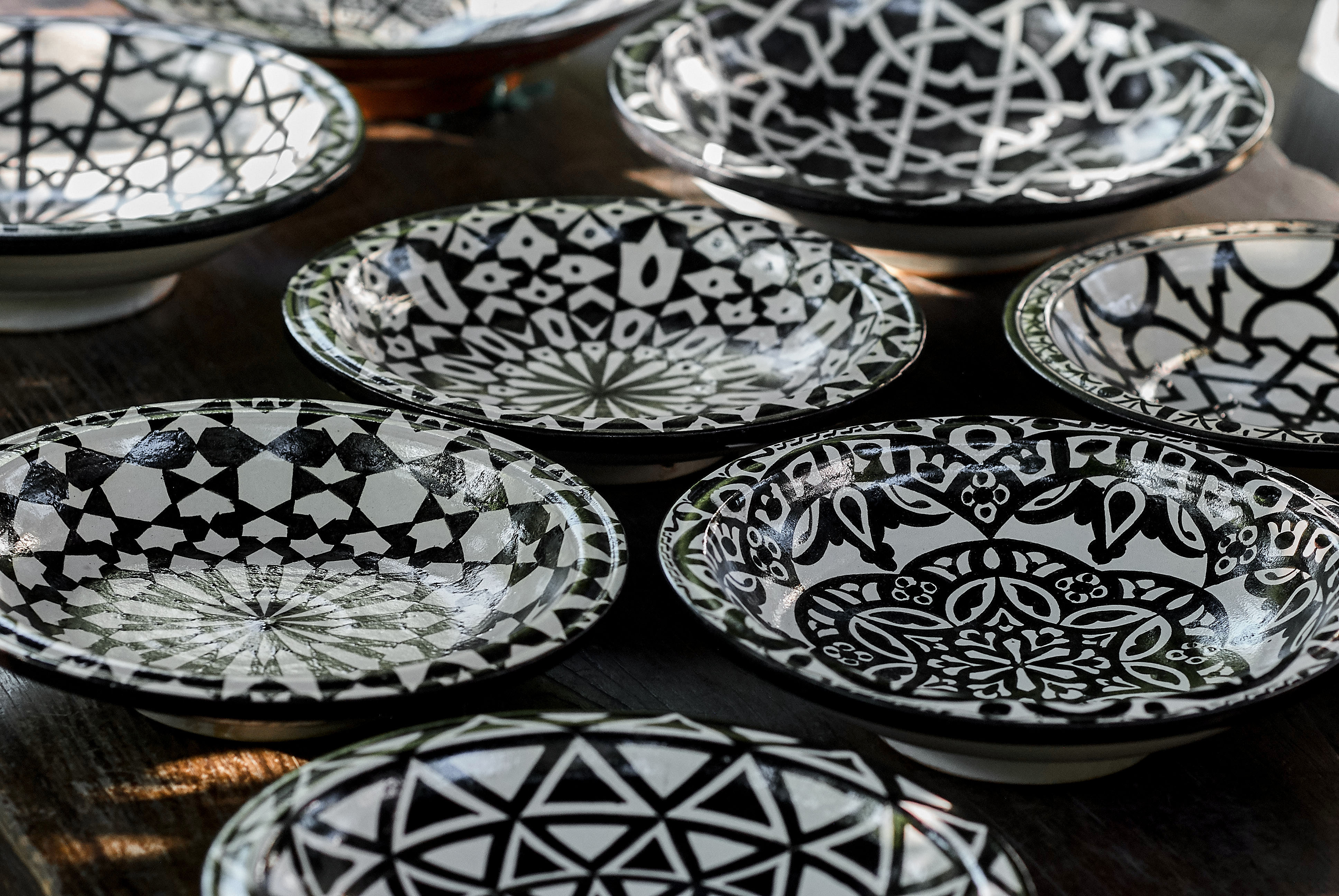 Plates and trays