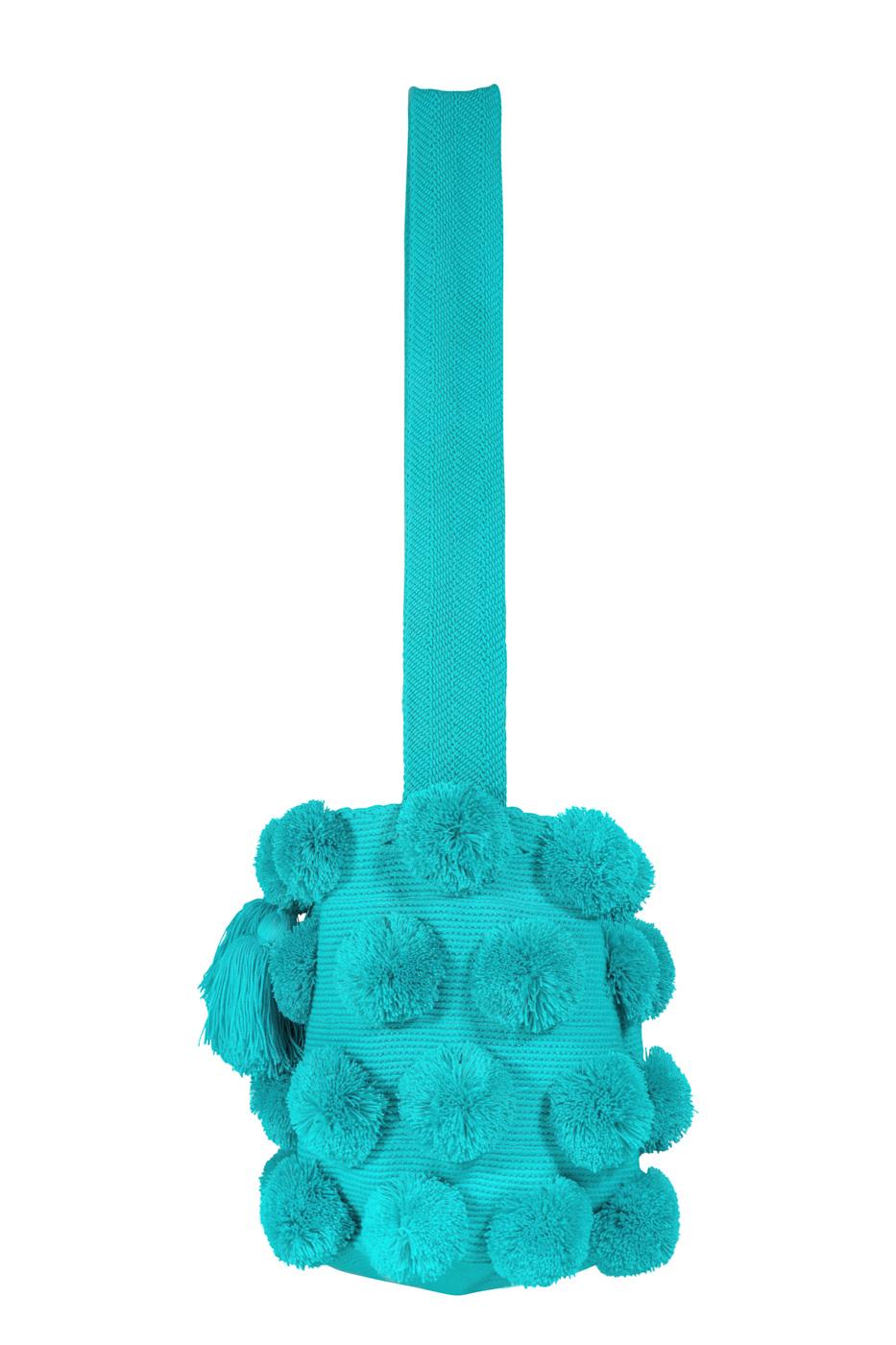 Mochila Wayuu pompones desflecados- azul bebe