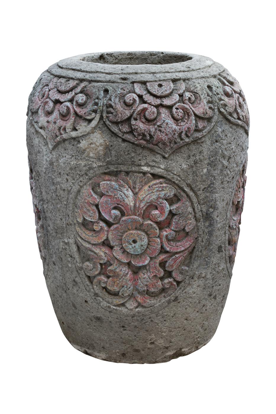 Pot carved in sandstone with floral motifs