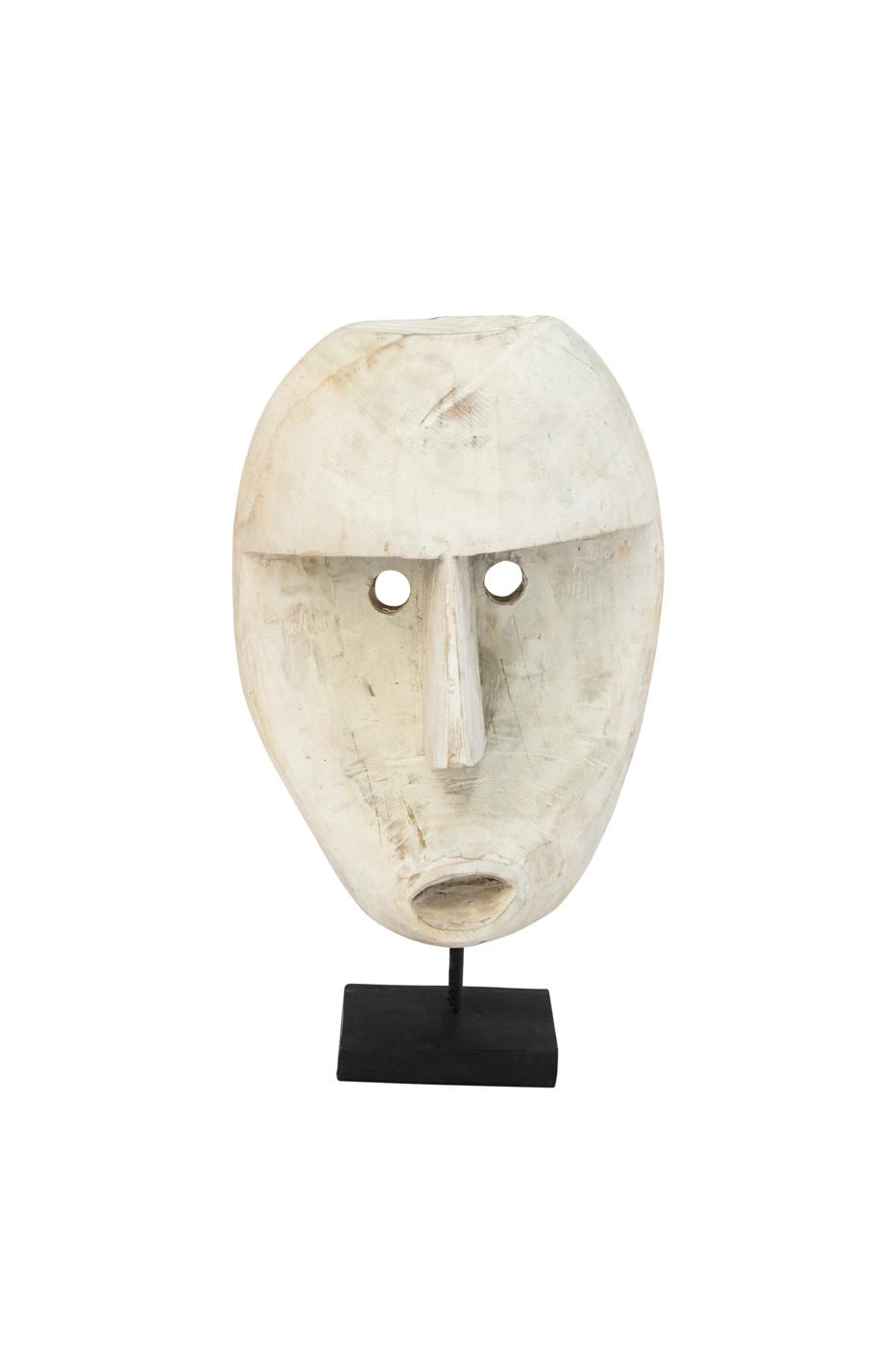 Máscara tallada en madera Timor