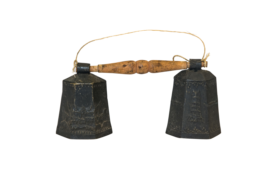 Cencerro en forma de campana en bronce