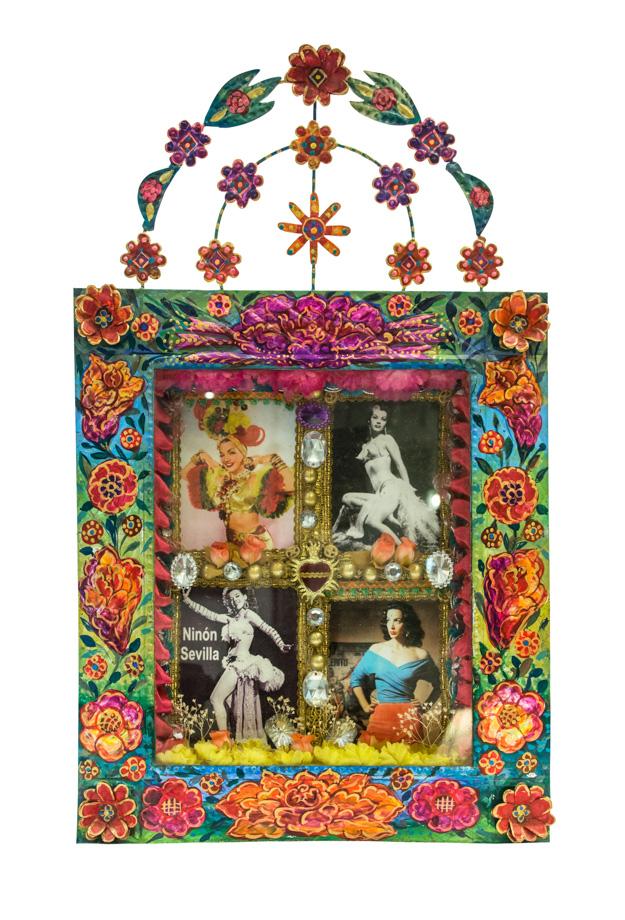 Nicho artesanal Mexicano de arte popular figuras de mujer