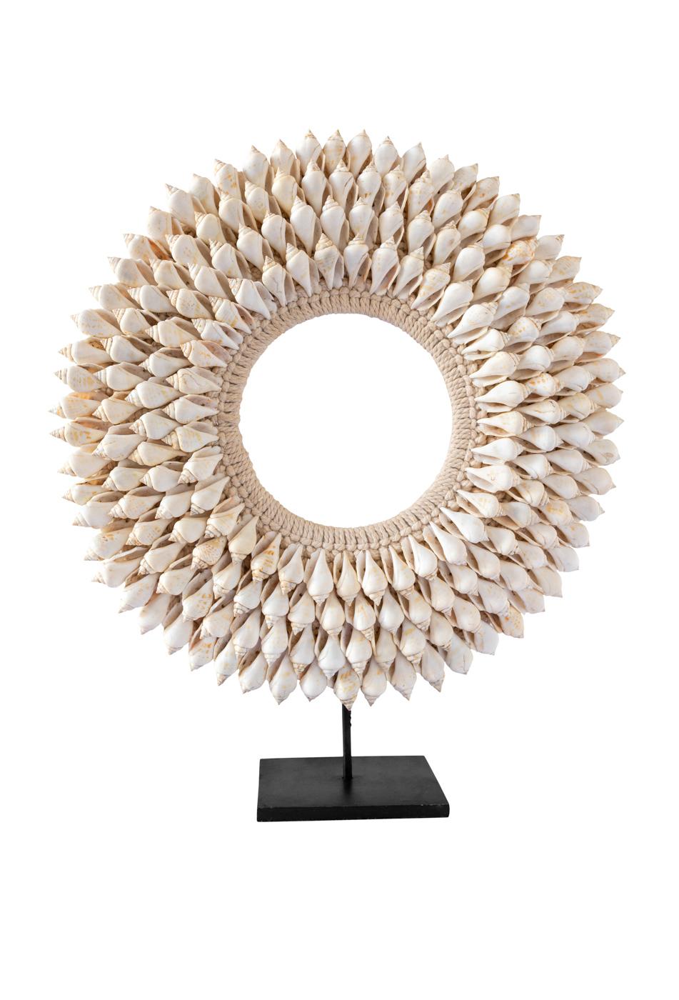 Collar decorativo conchas de caracoles tulipan