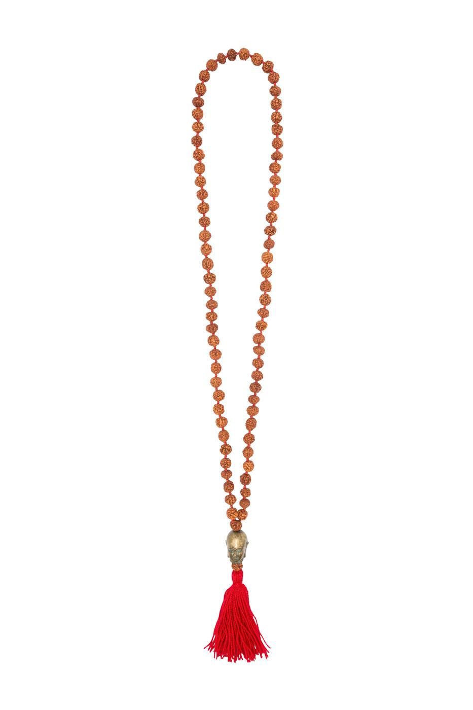 Collar semillas de  rudraksha con cabeza de Buda y fleco rojo