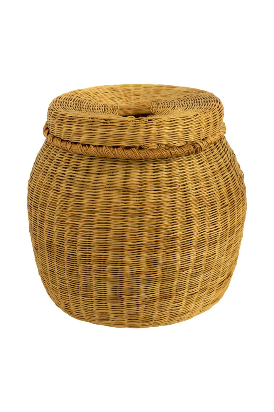 Decorative basket in esparto grass fibre
