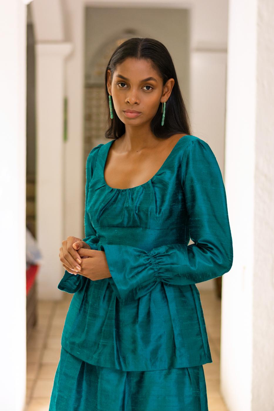 Vestido verde en tafeta
