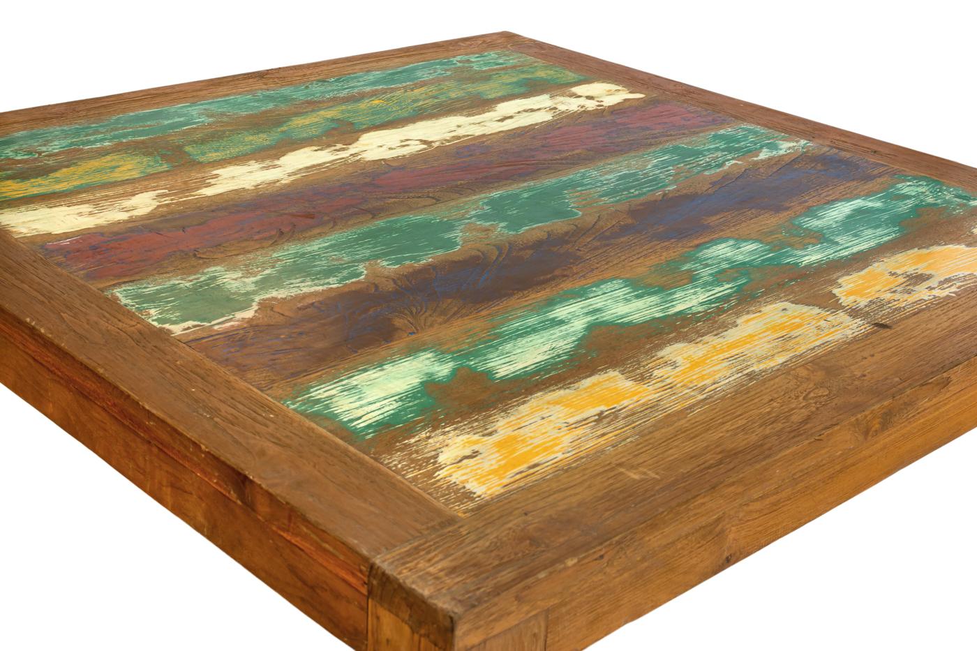 Mesa de centro en madera teka con franjas de colores