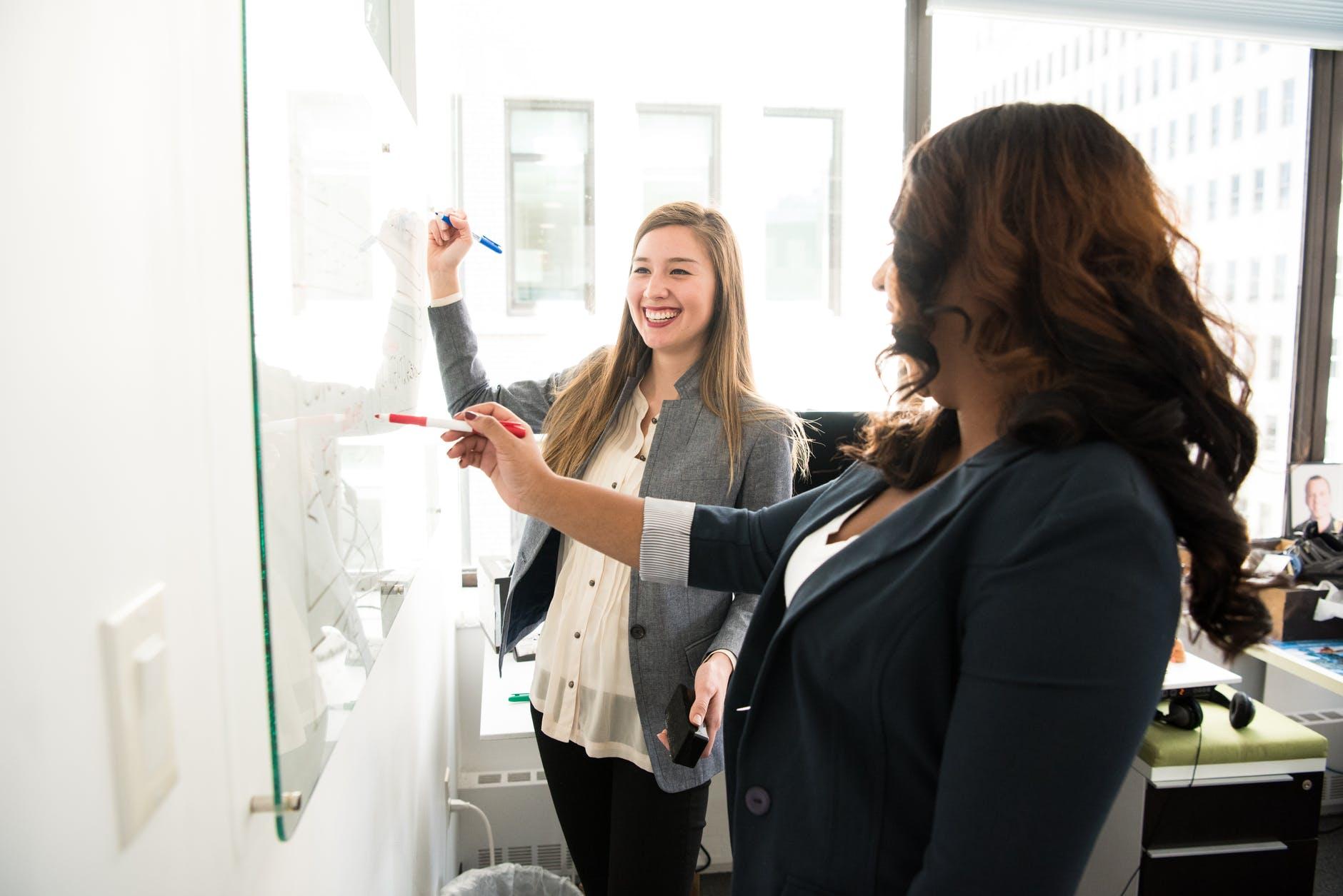 Quatro estratégias de aprendizagem corporativa para aplicar na sua empresa