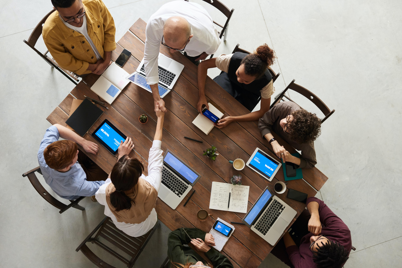 Cultura de aprendizagem nas empresas: o que é e como implementar?